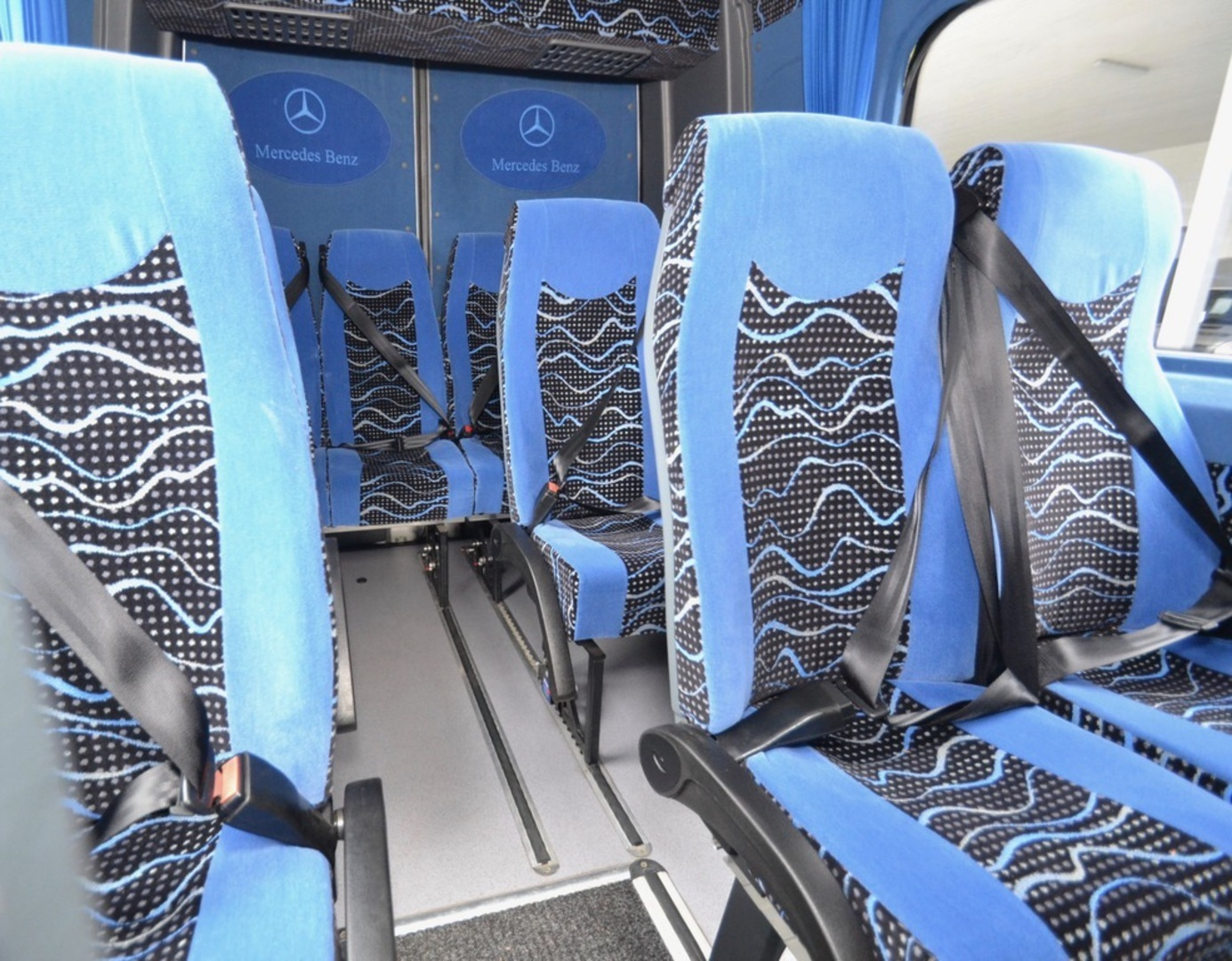 Mercedes-Benz-Automet Sprinter, 516 CDI Automet Jumbo 23 paikkaa