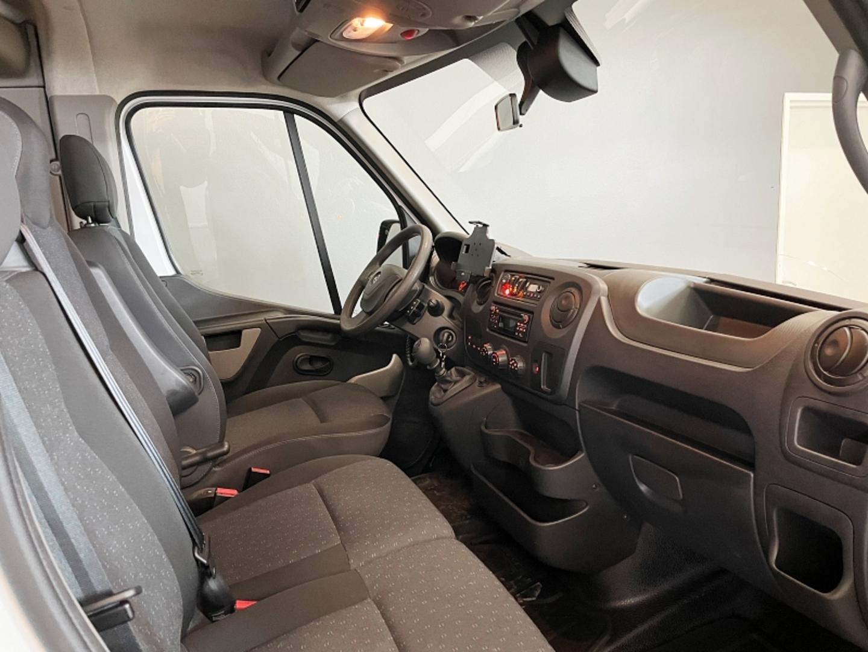 Opel Movano 2.3 CDTi, 17 paikkaa Euro VI