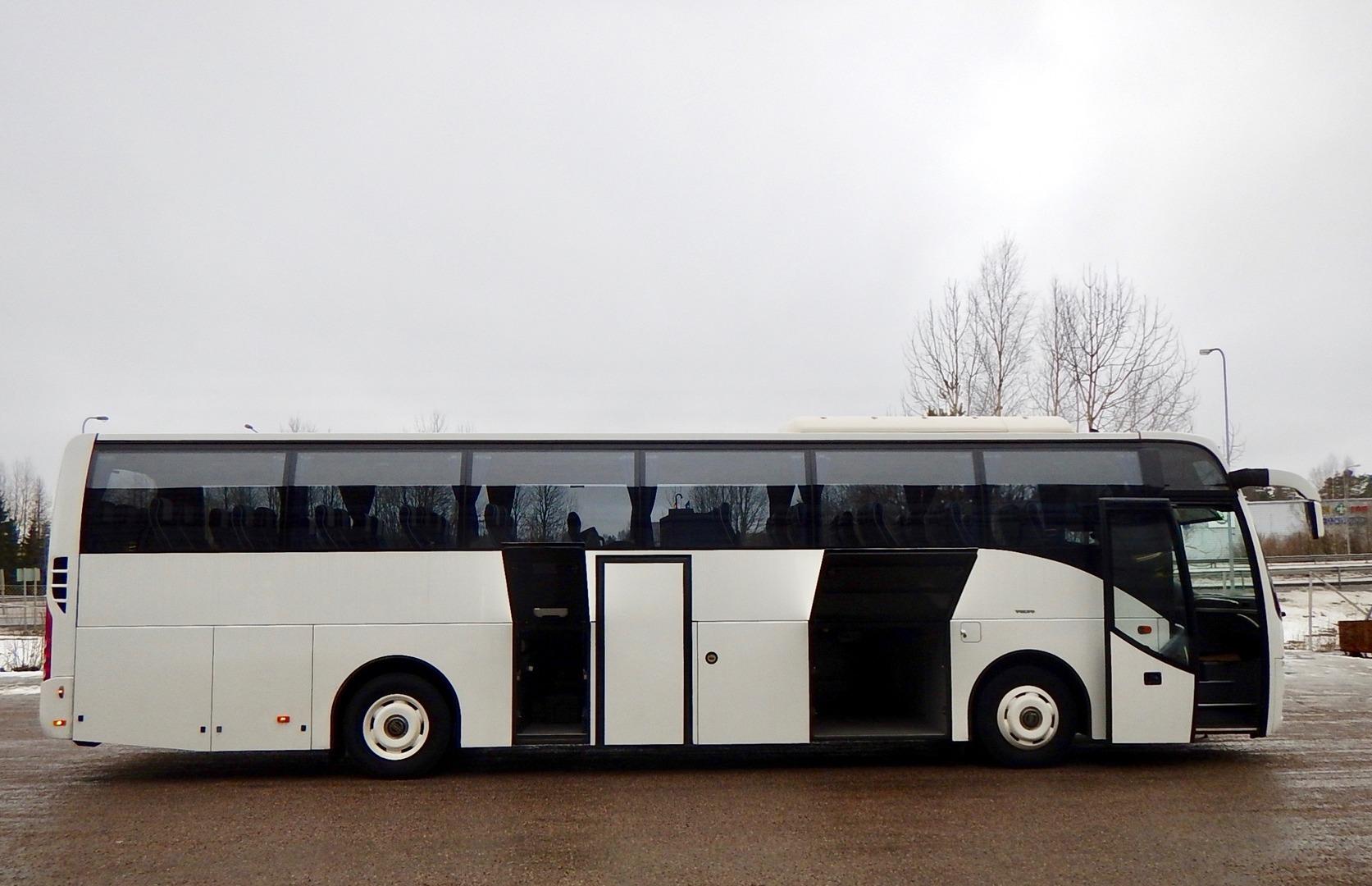 Volvo 9500H, 49+1+1 paikkaa